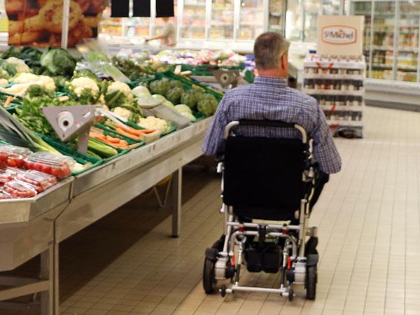 Frihet Eloflex hopfällbar elrullstol, elektrisk rullstol, vikbar, portabel, lätt, låg vikt, egen bil, flyg, resa, kompakt, smidig