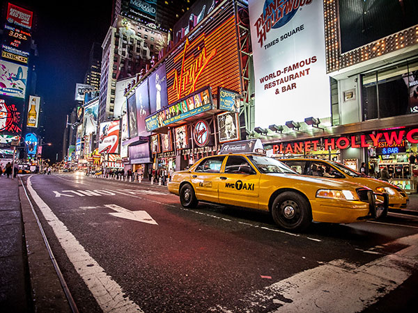 taxi, semester Eloflex hopfällbar elrullstol, elektrisk rullstol, vikbar, portabel, lätt, låg vikt, egen bil, flyg, resa, kompakt, smidig