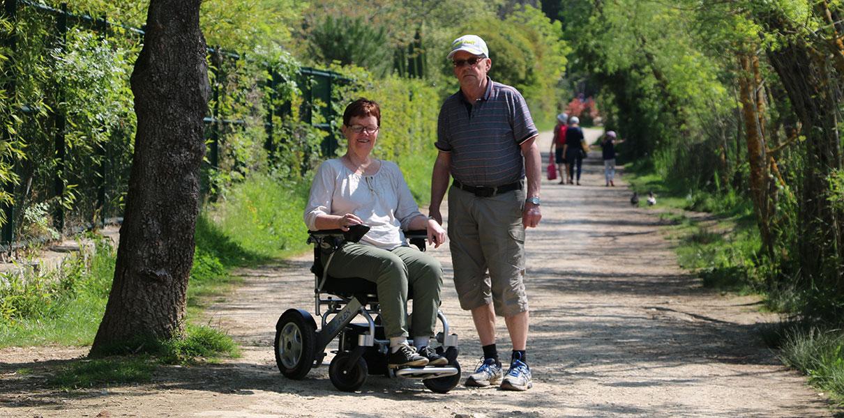 utflykt, natur, Eloflex hopfällbar elrullstol, elektrisk rullstol, vikbar, portabel, lätt, låg vikt, egen bil, flyg, resa, kompakt, smidig