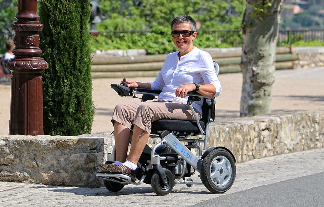 fonder-handikappade-funktionshinder-hjälpmedel-eloflex-elrullstol